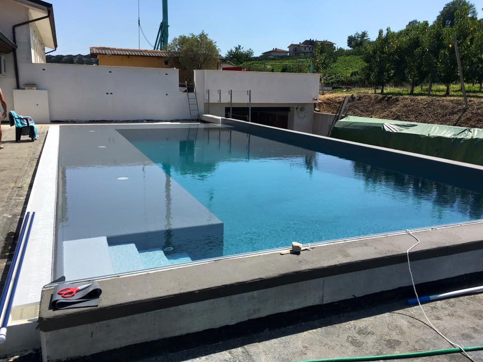 piscina-fase-costruzione-2